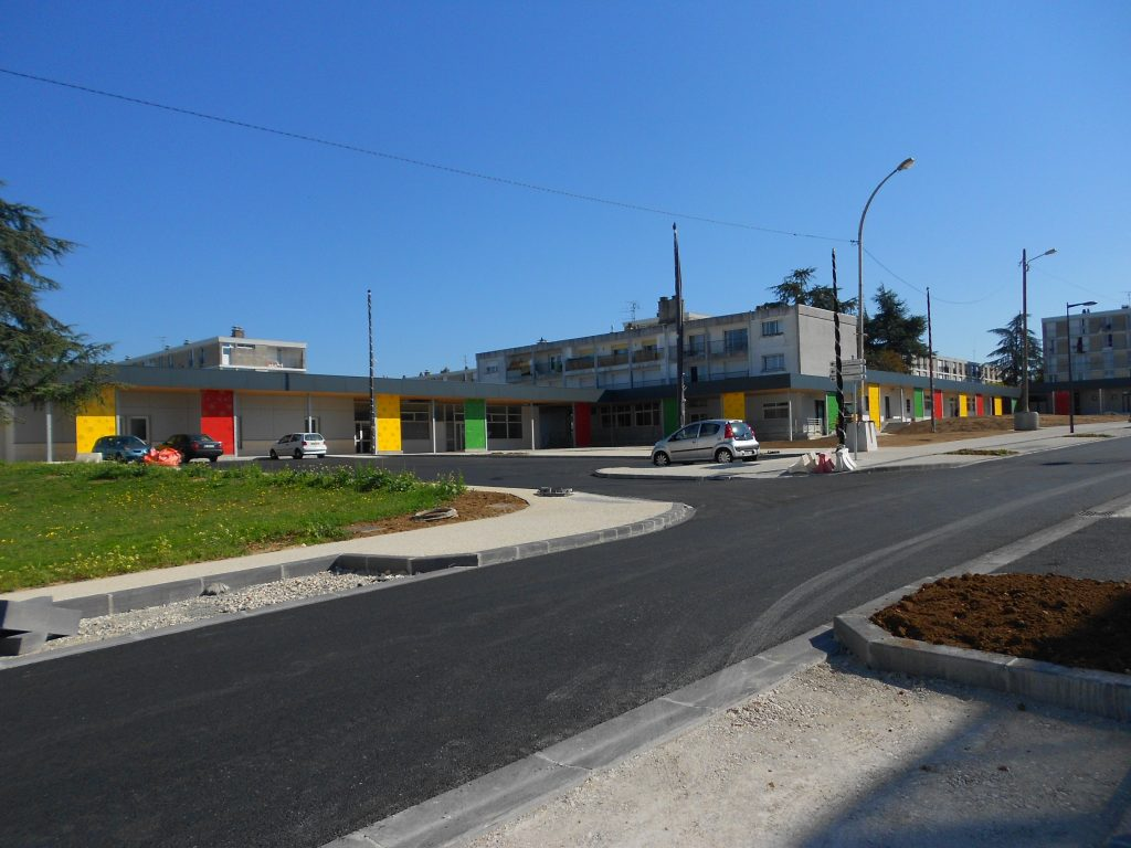Réaménagement des services publics locaux