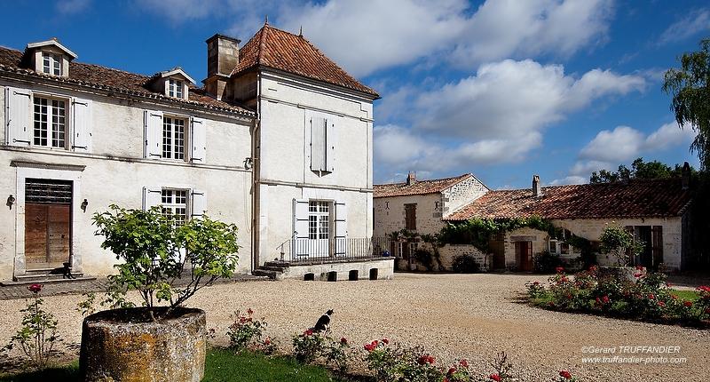 logis de Montboulard