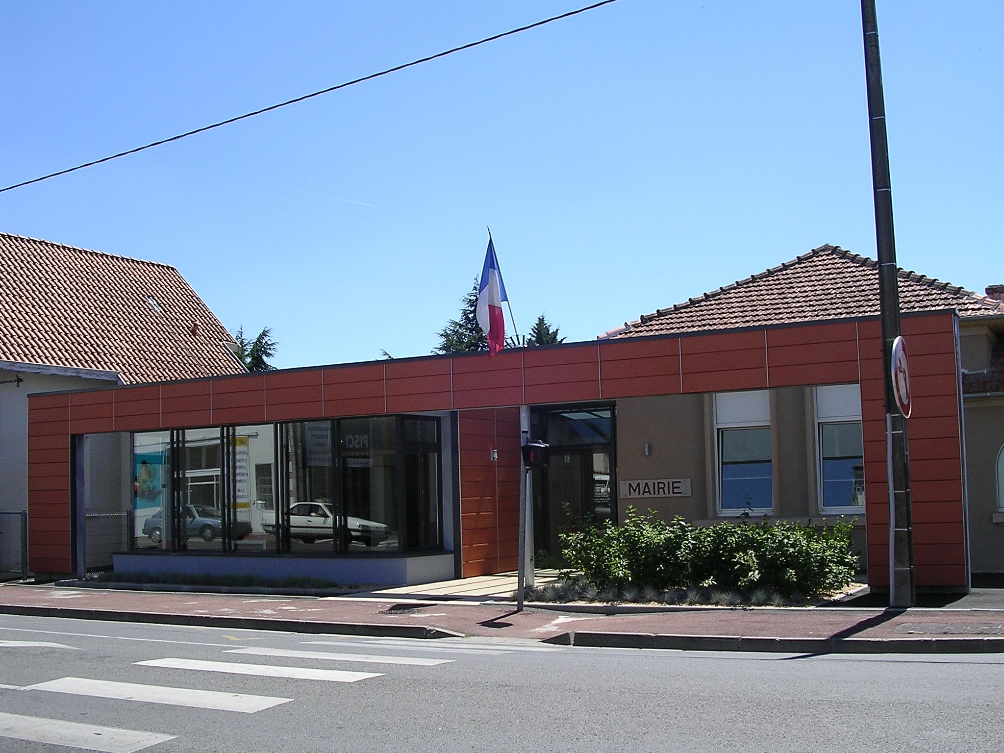 mairie reconstruite en 2006