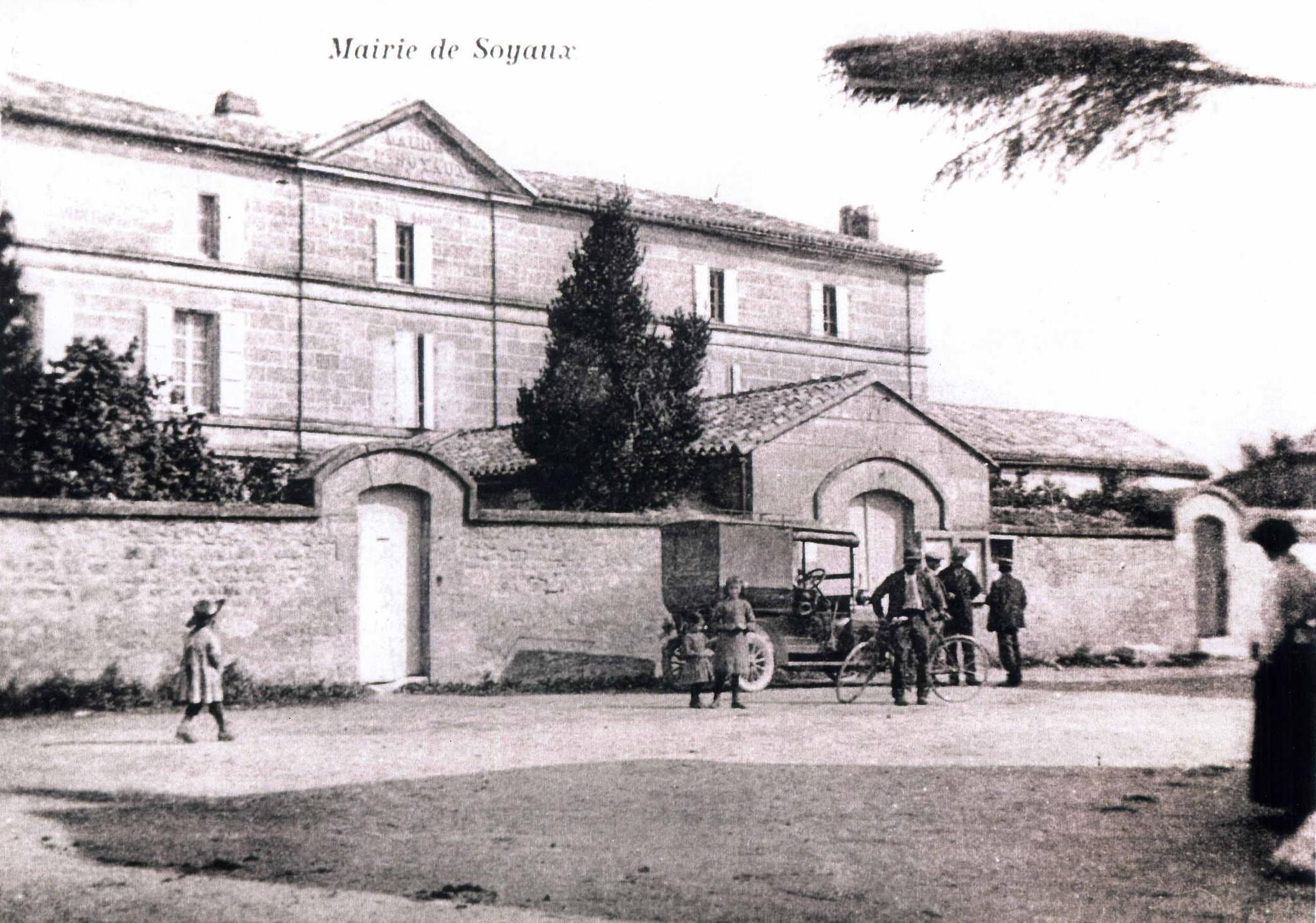 ancienne mairie de Soyaux des années 1870
