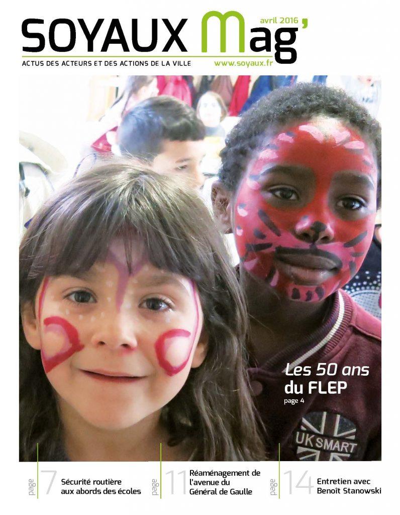 page de couverture du magazine soyaux mag, deux petites filles maquillées