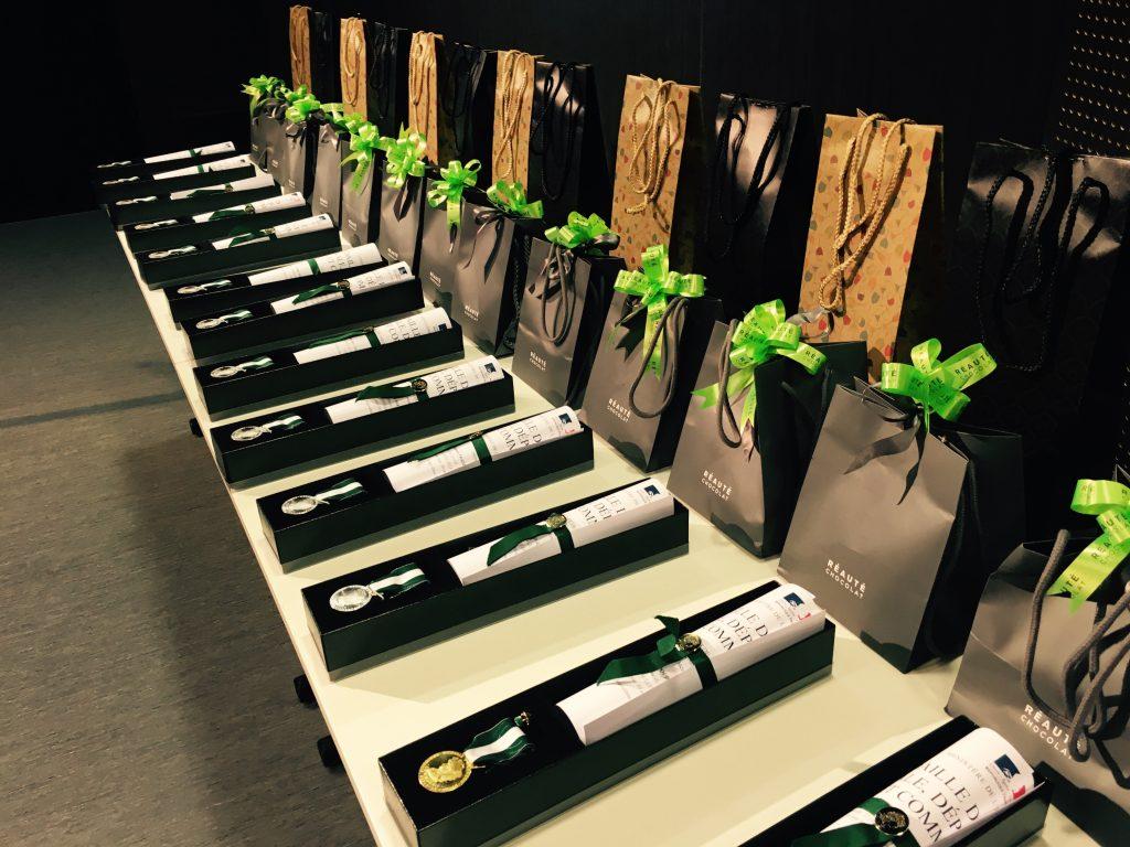 Table des médailles et cadeaux, réauté chocolats