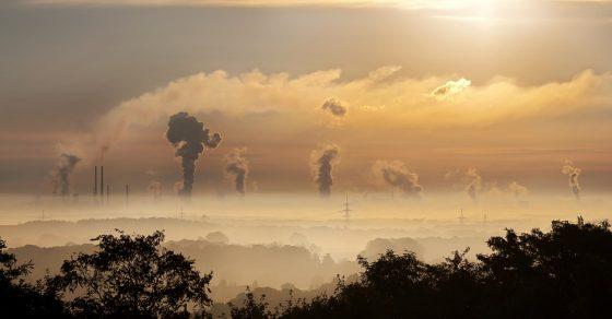 pollution, industrie, usine, nuages, ciel orange