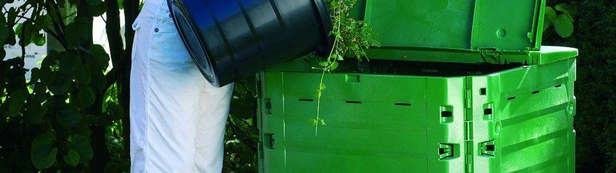 Composteur, compost et paillis sont disponibles