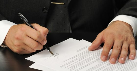 contrat, stylo plume, signature